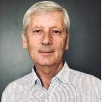 Борис ТАУКЕНОВ