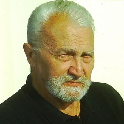 Михаил ЖУТИКОВ