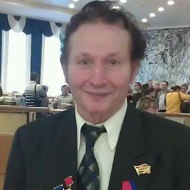 Валентин СУХОВСКИЙ