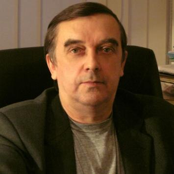 Виктор ПЛОТНИКОВ