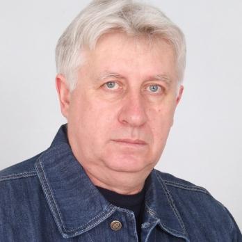 Виктор МОСТОВОЙ